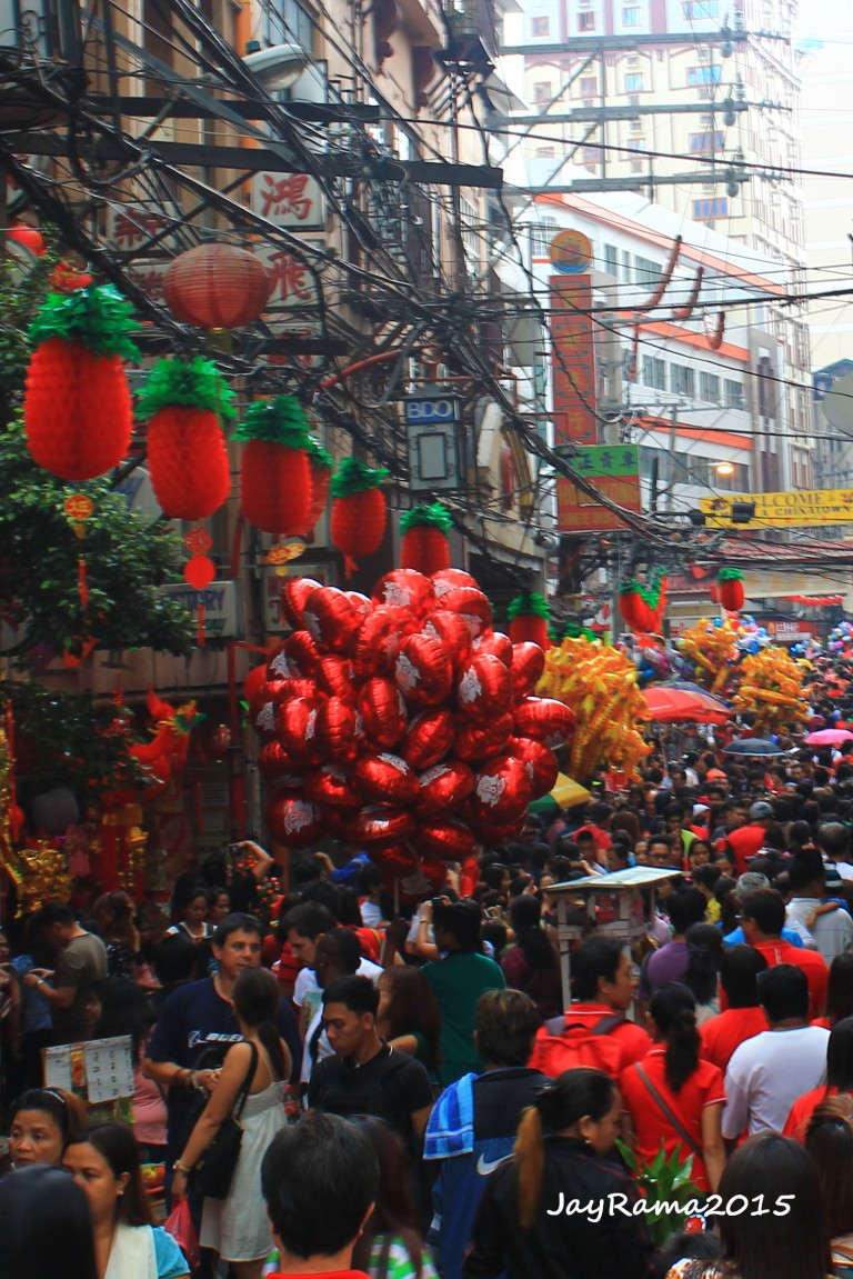 Crowds flock at Ongpin St to join the celebration of Chinese New Year
