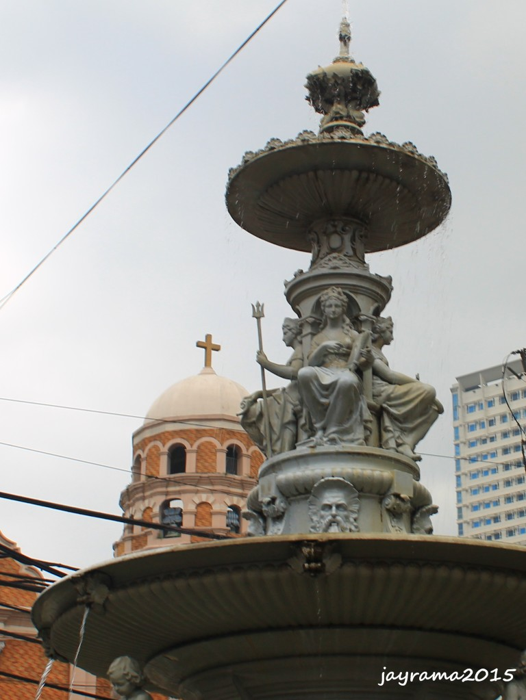 Elaborate fountain at Plaza Sta. Cruz