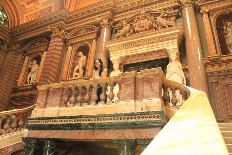 Elegant staircase at the main entrance of Fitzwilliam Museum