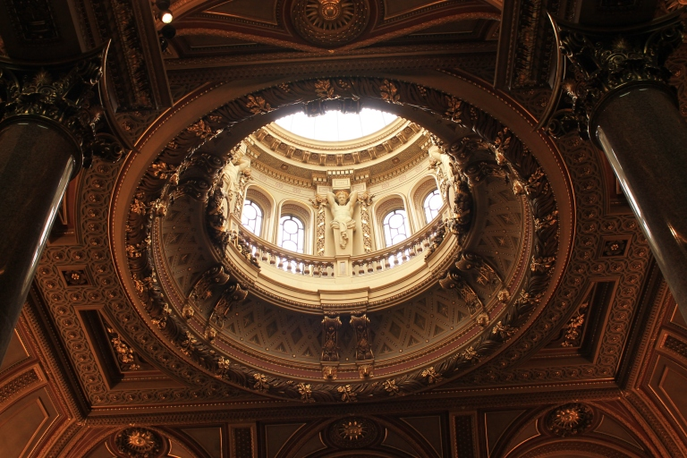 One of the most elaborate and sophisticated dome that I've seen so far.